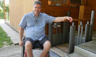 Bydlení handicapovaných - 1. díl - Příběh Michala Jančaříka