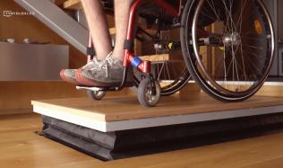 Bydlení handicapovaných - 4. díl - Plošiny, schodolezy a další pomocníci