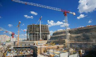 Ceny u veřejných stavebních zakázek proti loňsku vzrostly