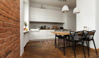 Češi na nové bydlení loni šetřili v Evropě stále nejdéle. Byt vyjde na 11 ročních platů