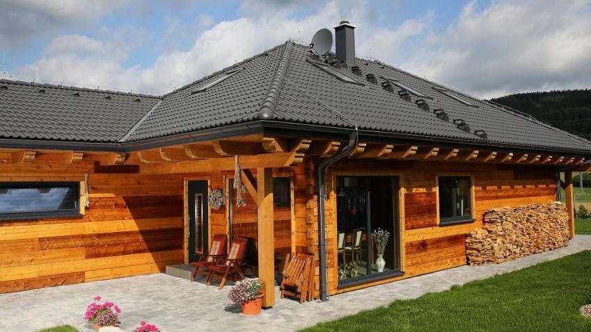 Den se Cedar home - Splňte si sen o bydlení v roubence