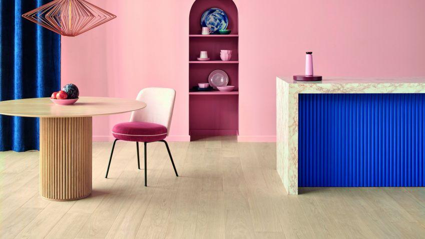 Experimentujte a proměňte svůj interiér veselými barvami, organickými tvary a hravými vzory