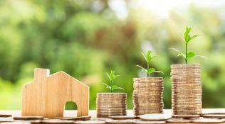Hypotéky včervnu  poprvé zlevnily. Banky lákají poslední klienty před zpřísněním