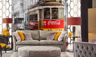 Inspirace: tapety Coca-Cola, které obohatí váš interiér