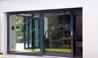 Velkoformátová okna a vstup na terasu