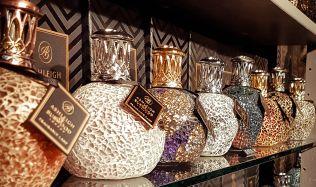 Jedním z hitů letošních Vánoc jsou katalytické lampy, které provoní byt a dobře vypadají