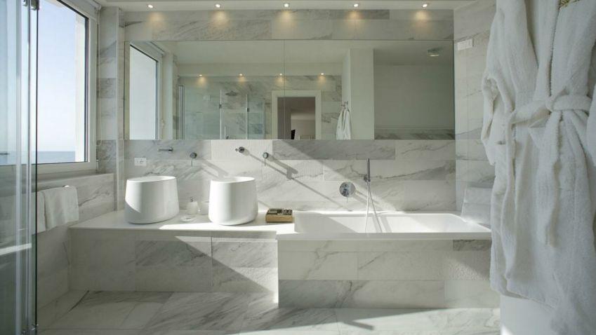 Keramika jinak: květináče, stojany, stoly, koupelnové desky, schodiště
