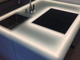 Kuchyňská deska - skleněná deska Magna - recyklované sklo