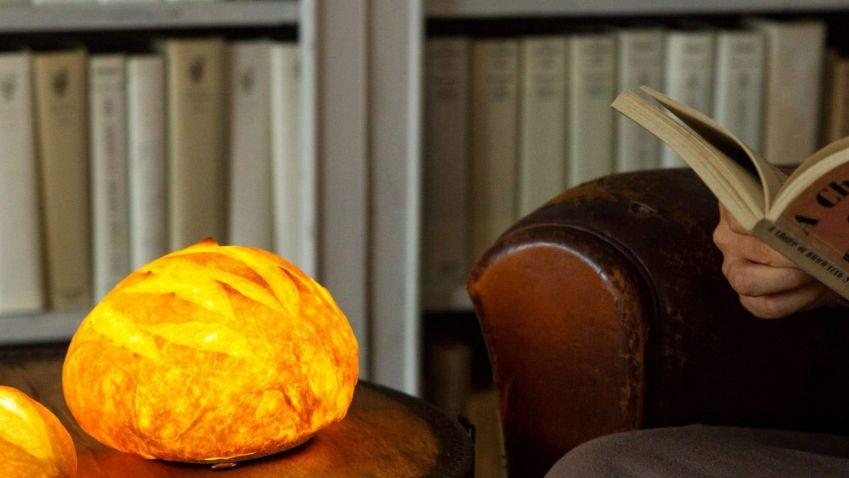Japonská pekařka vyrábí kuriózní svítidla z pečiva