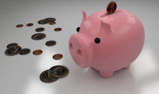 Odborníci: ČNB nahrála bankám nejvíc hypotečních klientů za letošní rok, další regulace zájem srazí