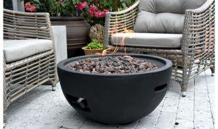 Otevřený oheň má osobitou atmosféru. Podívejte se s námi na moderní alternativu ohnišť