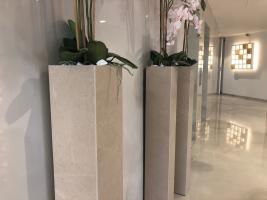 Květináč vhodný do interiéru i exteriéru