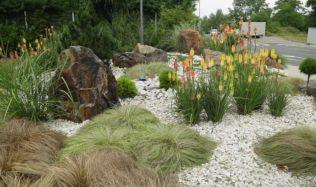 Bezúdržbová zahrada? Realita, nebo fikce?
