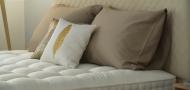 Hůř spíte? Podle čeho vybírat novou postel pro kvalitní spánek?