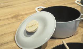 Pohrajte si s barevnými kombinacemi svého grilu a nádobí!
