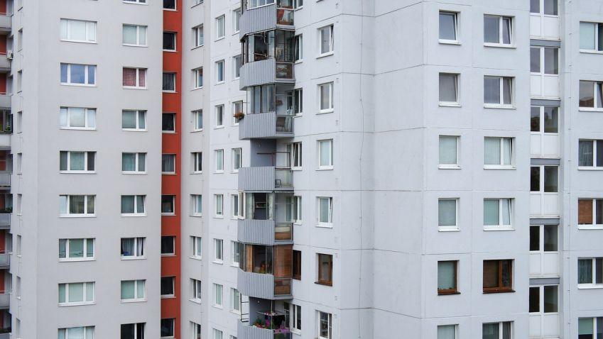 Praha má 2000 volných obecních bytů