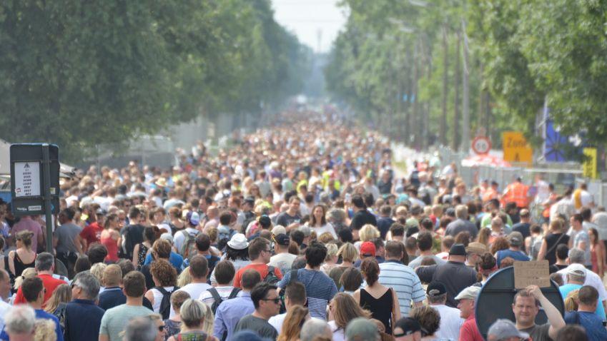 Praha se loni rozrostla o 14 tisíc lidí, většina lidí se přistěhovala