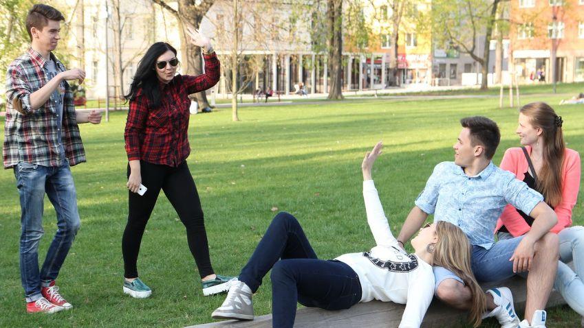 Pražské studenty trápí nedostatek bydlení! Alternativu nabízí soukromé kampusy