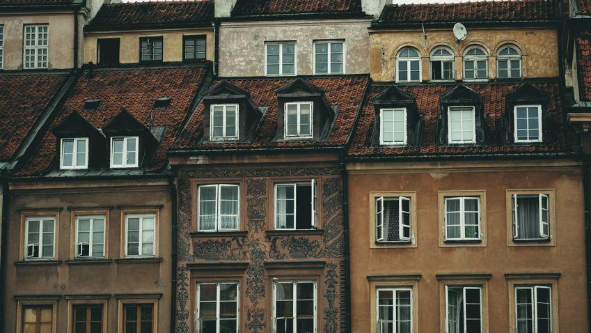 Průzkum: Tři pětiny Pražanů dávají za bydlení do 30 % rozpočtu