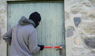 Rady a tipy: Jak před dovolenou správně zabezpečit dům!