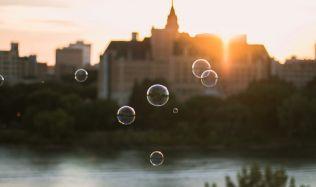 Realitní bublina v Česku: mýtus, nebo skutečná hrozba?