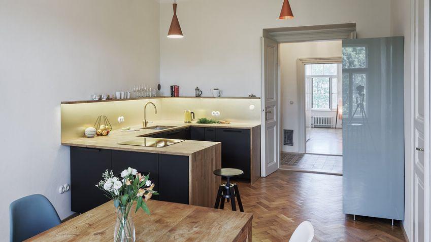 Rekonstrukce bytu na Praze 7 nabízí stylové zázemí v srdci Letné