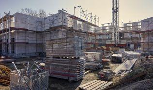 Růst stavebnictví neustává, bytová výstavba ale vázne. Vříjnu se vPraze nezačal stavět ani byt