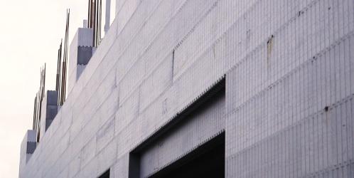 Stavebnicový systém obvodových stěn z polystyrenu. Jak probíhá stavba do patra?