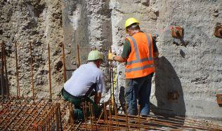 Stavebnictví letos bude stagnovat. Brzdit ho bude nedostatek pracovní síly a složité povolování staveb