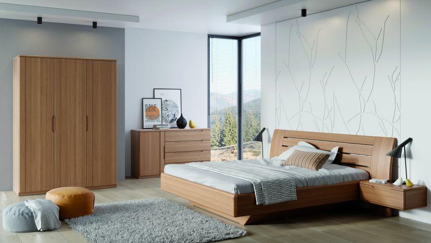 Trsátkový stůl nebo levitující obývací stěna? Jarní novinky ze světa nábytku jsou tady