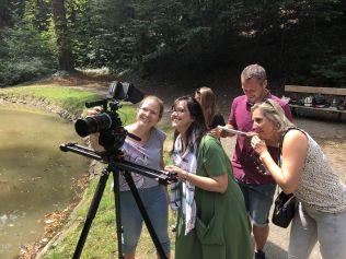 Fotogalerie: Natáčení TVbydleni.cz s herečkou Terezou Brodskou