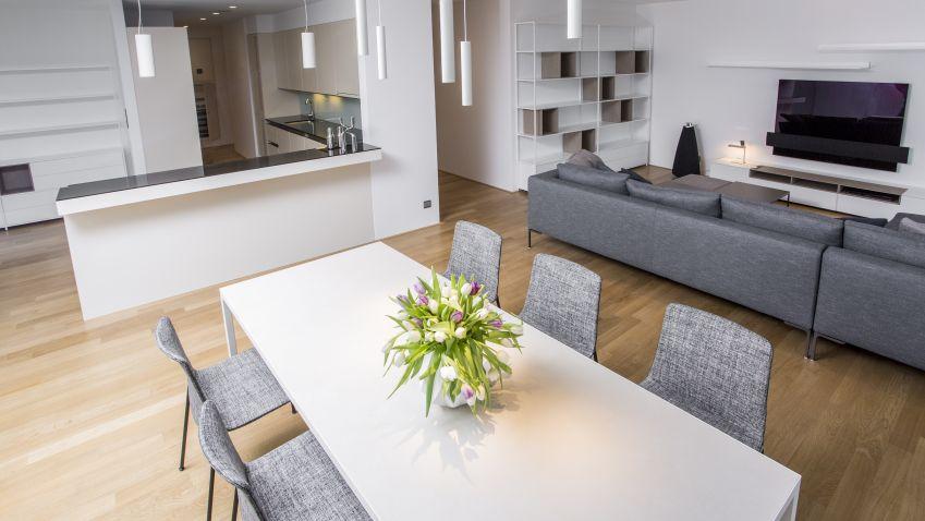 Vpánské domácnosti si architekt může dovolit odvážnější barvy