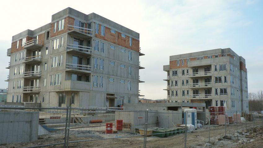 V projektu Suomi Hloubětín vyrostla další hrubá stavba