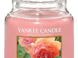 yankee-candle-vonna-svicka-sun-drenched-apricot-rose-classic-stredni-A