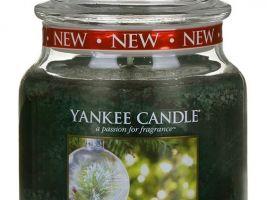 yankee-candle-vonna-svicka-the-perfect-tree-classic-stredni-A