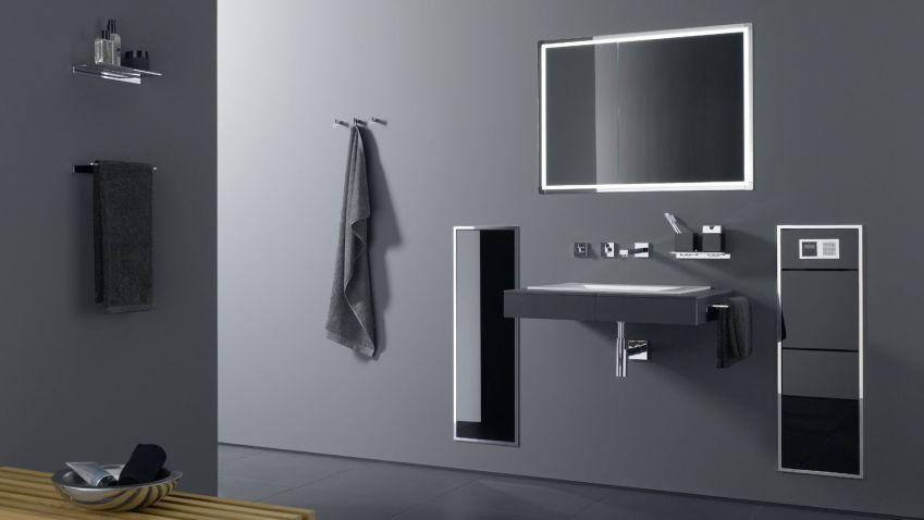 Zabudovaná koupelnová skříňka je nejen elegantní, ale také hygienická