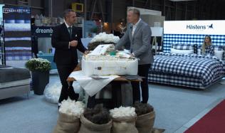 Zásady dokonalého spánku i novinky v luxusních postelích na veletrhu For Interior