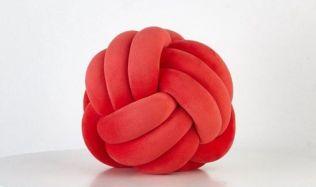 Zúčastněte se nové soutěže o stylové polštáře ve tvaru Uzlu!